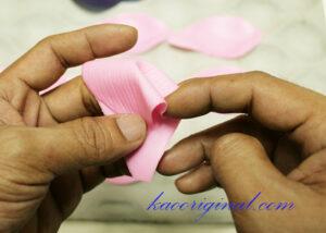 How-to-make-fold-lotus-flower-(32)