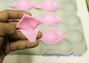 How-to-make-fold-lotus-flower-(34)
