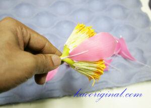 How-to-make-fold-lotus-flower-(40)