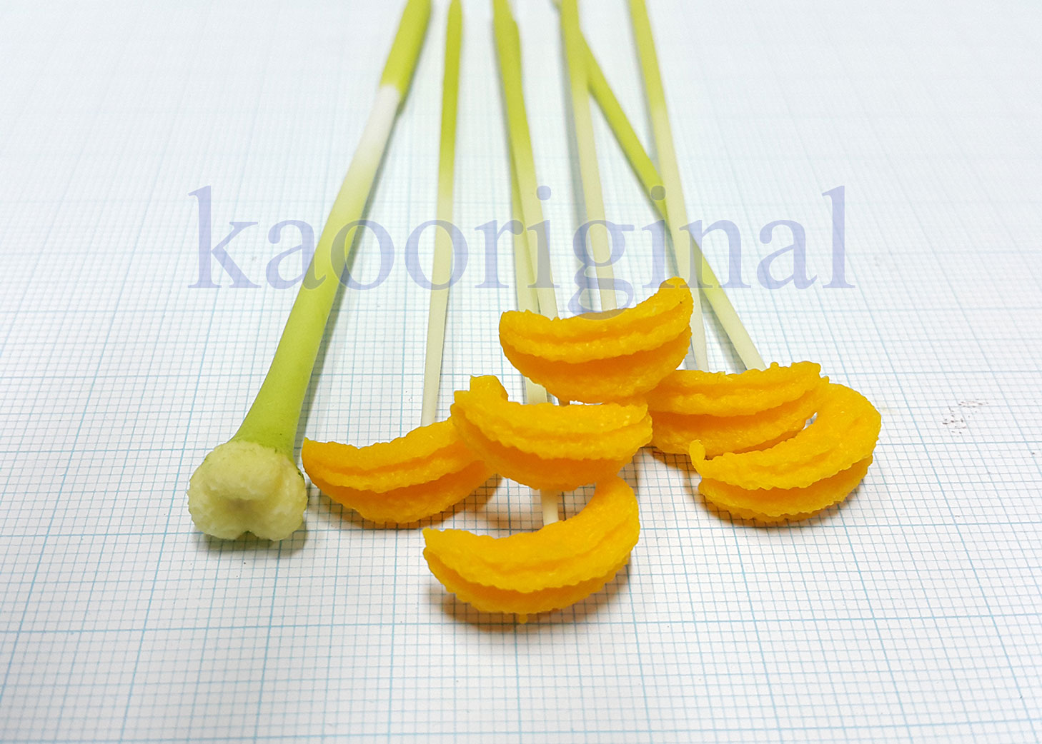 Lily Stamens set S - yellow-orange - green-under-white
